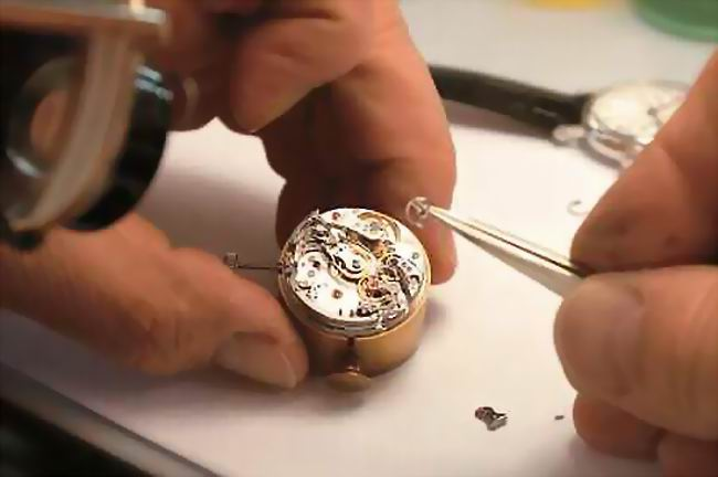 Inside a Patek Philippe Complication Movement